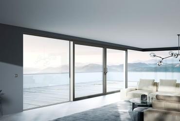 Le Corbusier-Fensterfront mit grauem Rahmen