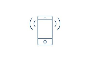 elektrisches-garagentor-Smartphone-mit-Hand