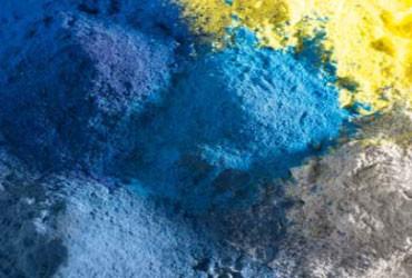 Oberflaechen und Designs-Farpulver in Blau Gelb und Grau